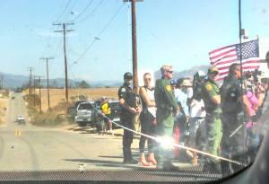 Murrieta protest--different angle